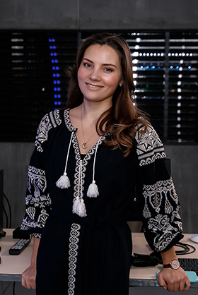Антоніна Хижняк (Якушева)