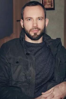 Володимир Захаренков